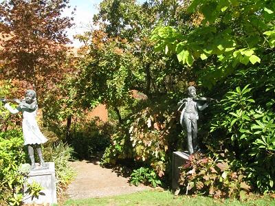 Forest Glade Gardens statue musical